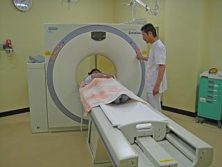 全身用X線コンピューター断層撮影装置(CT)
